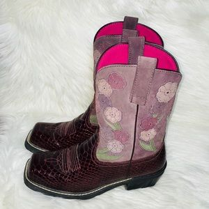 ARIAT SNAKE PRINT FLORAL MAROON LEATHER BOOTS